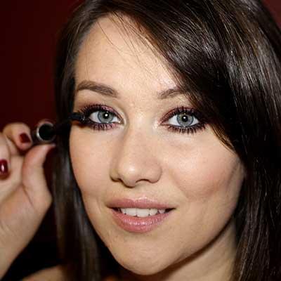 5.-Black-Eyeliner-&-Mascara
