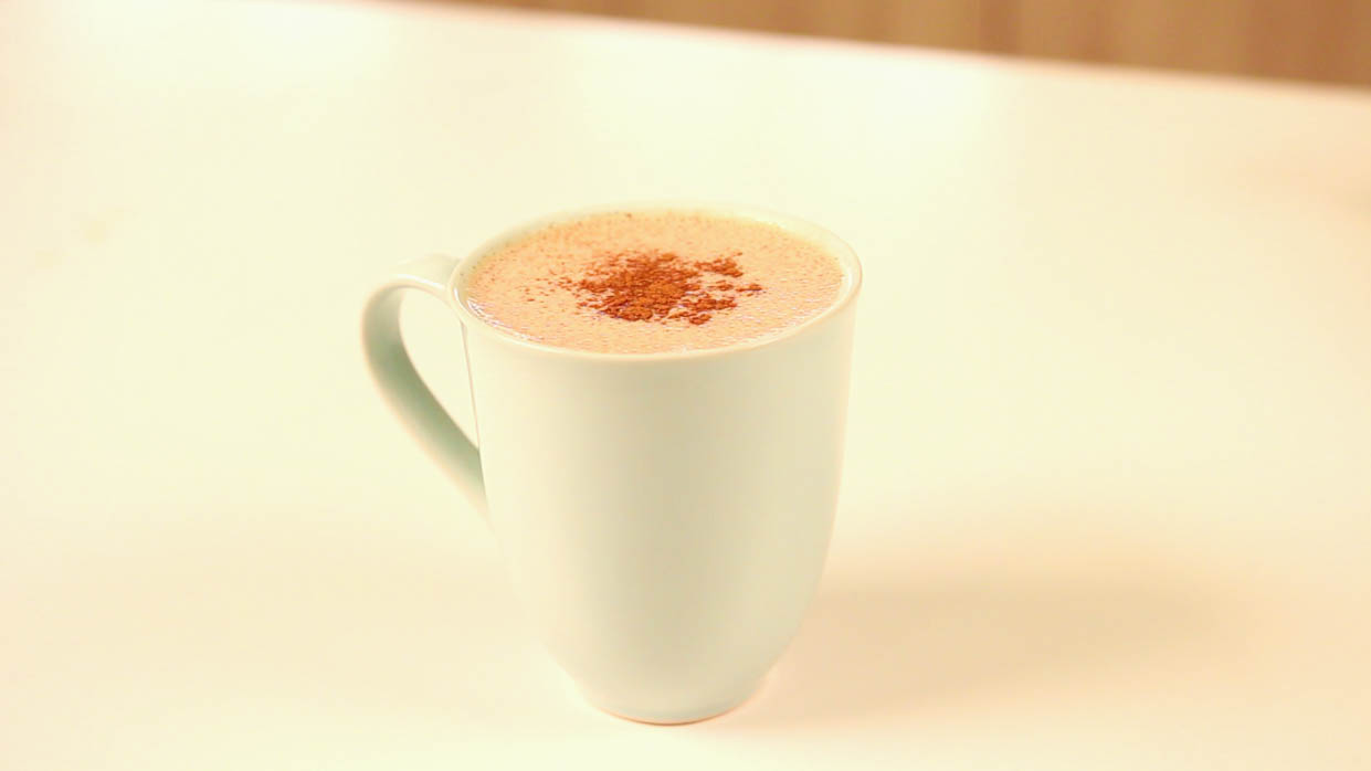 upgraded healthy hot chocolate thumbnail