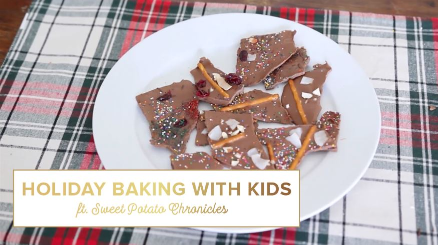 holiday baking with kids thumbnail