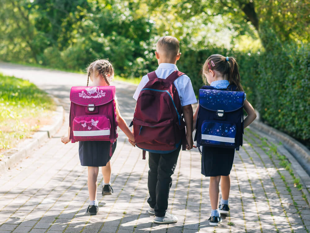 kids walking to school