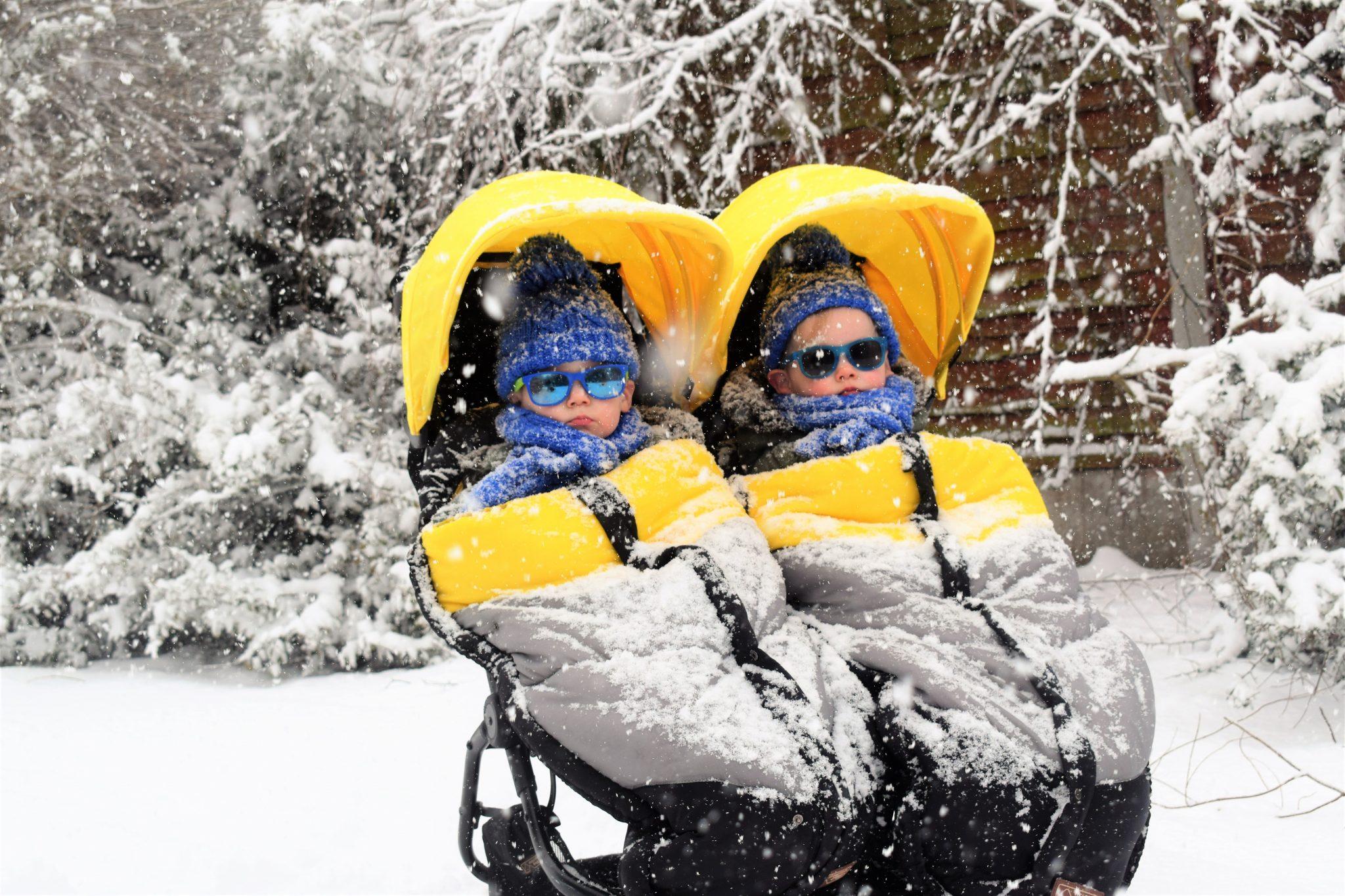 2 kids in a double stroller